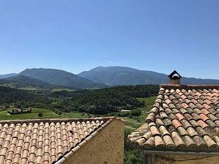 Tres jolie maison de village avec vue exceptionnelle sur le Mt Ventoux