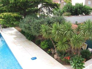 Belle Villa Provençale à proximité de Hyeres et Mer.