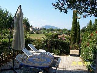 Appartement a prox de la mer dans un domaine prive golfe de St Tropez