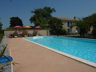 gîte 3 étoiles avec piscine dans mas provençal au milieu des vignes pour 8 pers.