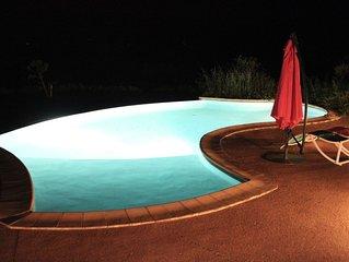 Villa mediterraneenne avec piscine, grand jardin et tres belle vue