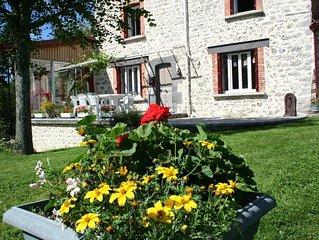 Auvergne Thiers Maison rénovée 2010 dans village du Parc du Livradois Forez
