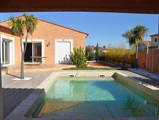 Villa 8 personnes avec piscine - jacuzzi privés