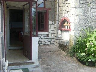 Amboise 'Gîte troglodytique de la Bardouillère'