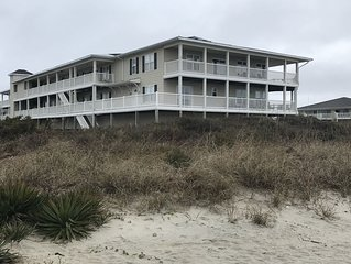 Oceanfront 4 bedroom 3 baths condo