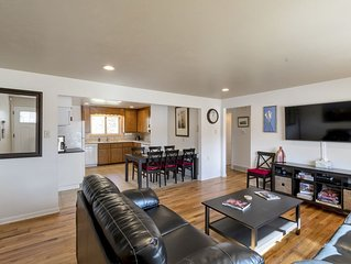 Great central location to Denver and skiing!