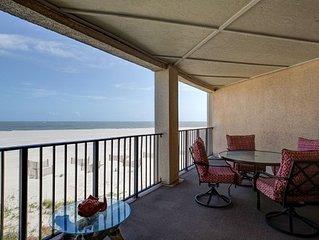 Seascape 219/ 2 BR Oceanfront Condo w/ Wild Dunes Amenities!