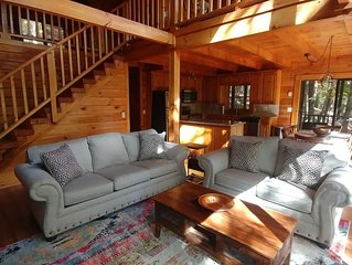 3 Bedroom 2 Bath Log Cabin in Big Canoe