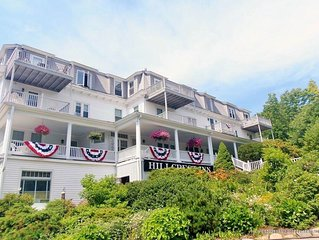 Perkins Cove 1BR/2BA condo, deck w/ ocean view