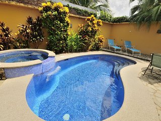 Casa Sueno, Jaco Beach 4  Bedroom Private House steps to the beach