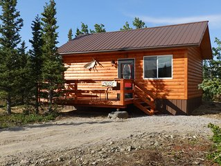 2020 PRESEASON RATES! Denali Wildlife Moose Cabin  Luxury with a touch of Rustic