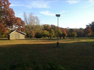 Cozy Cottage, Crystal Bridges,The Amp , Promenade, University of Arkansas, trail