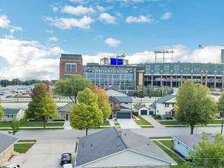Great view of Lambeau Field from the patio! Remodeled Home &  New Party Garage!