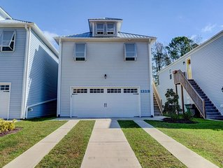 Minutes from the Beach!!   Beautiful new home in the heart of Surf City.