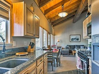 CLEAN !! SOUTH LAKE TAHOE  CHALET  WITH PRIVATE HOT TUB,  BBQ  CAL KING & KAYAKS
