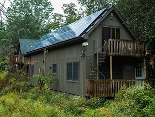 PET FRIENDLY Private House with pond view
