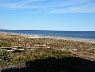 Ocean View Hilton Head Condo with 2Br 2Ba