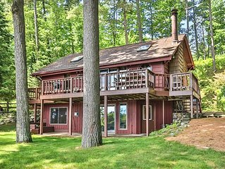Beautiful Lakefront Cabin on Private Mercer Lake. Endless 4 season fun!
