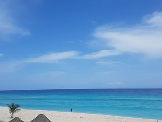 Cancun Villa Just a few Steps to Beach *Best Ocean Views* Reduced Rates for Fall