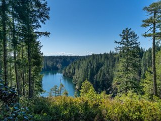 Quiet lake retreat in the Olympic Mts-Lake Cushman/Lake Kokanee