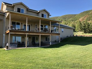 Large mountain home minutes from U of M, spectacular city views