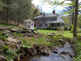 Charming & Private Catskill Getaway! 4Season, 16ppl+, 8BR, 8 Bath, Dog friendly
