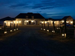 BRAND NEW VINEYARD ESTATE in wine country!! Private LUXURY Suite #1