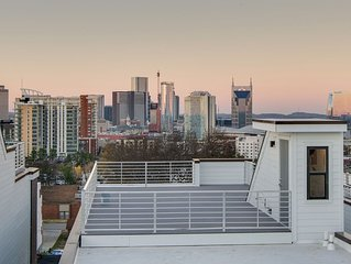 A2) Modern Brand New Luxury Downtown Home - 4 BR - GULCH 16 BEDS