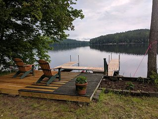 Comfortable year round Lake house on Loon Lake perfect for a getaway