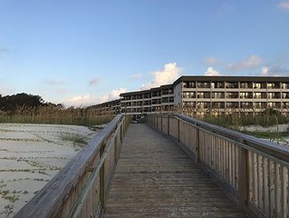 Newly Updated - Steps from the Beach - Hilton Head Beach & Tennis Admirals Row