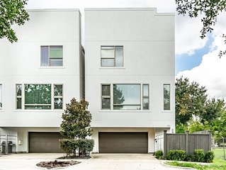 3 Bedroom 3.5 Bath Modern Free Standing Town Home