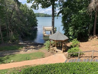 Big Water Views! Family Vacation Home. Dock & Easy Access to Lanier Islands