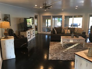 Beautiful Lakefront Home with Free Access to Pool and Boat Slips