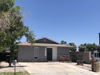 Beautiful 2b /1b home located in central of LV. Minutes away from the  strip