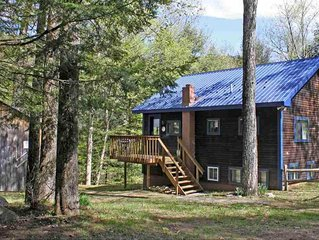 Cozy 2 bedroom nestled steps from Jackson Gore. Great views of Lake Pauline!