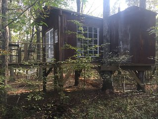 'The Nest' Secluded Treehouse Close To Nashville airport