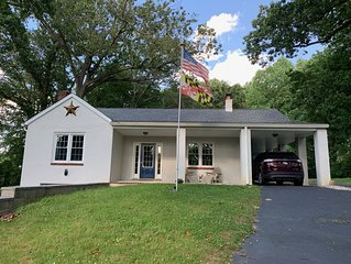 Wooded Retreat Minutes From Fair Hill and University of Delaware