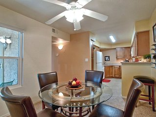 Spectacular condo in Scottsdale! Close to Old town/Downtown