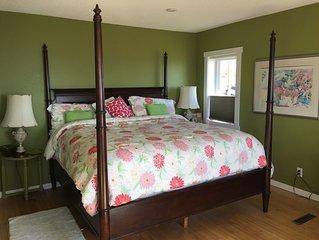 Master bedroom - roomy & overlooks the city, lake and Aerial Lift Bridge.