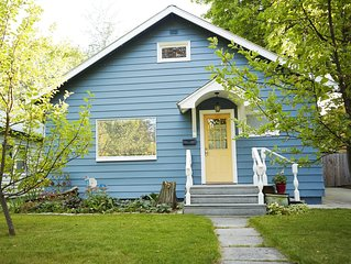Cozy & Clean Home Centrally Located to All! Hiking, Biking, Downtown & More!