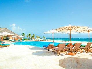 Luxe Beach Condo w FREE Golf Cart * Hard Rock Punta Cana
