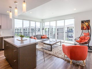 307 Downtown Upscale 2bd 2ba Apartment