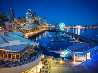 Spectacular View: Waterfront Condo Near Pike Place