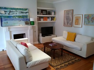 Modern 2 bedroom self-contained Kensington apartment, Free WiFi, Sleeps 4 max.