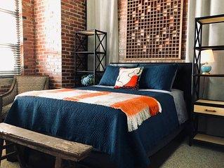 Stylish Apartment in Dickinson Avenue Neighborhood
