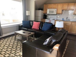 Private  Carriage House w/ full kitchen, close to Louisville/Boulder