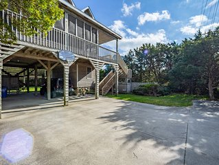 Beautiful Oceanside Avon NC Home with Private Pool & HotTub