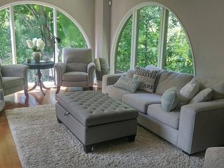 Beautiful Luxury home in Cantley, Mont Cascade