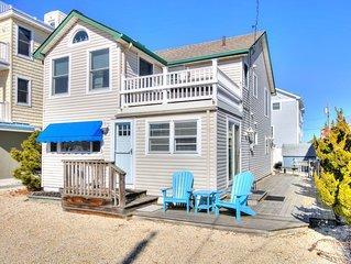 5 Bedrooms, Oceanside, Sleeps 15 Comfortably
