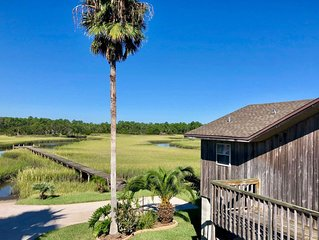 Marsh Views Surround, Water Activities Abound at Cozy Home 10 mins from St. Aug